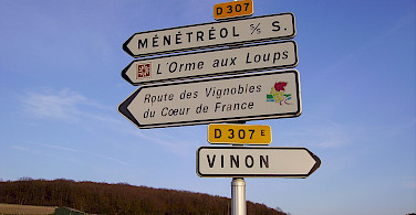 Which way to Ménétréol? Photo via Flickr:Jean-Pierre