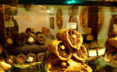 Cannolis in Assisi, Umbria, Italy. Flickr:Brad Coy