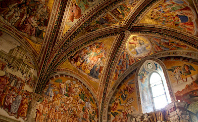 Gorgeous frescos in the churches of Umbria, Italy. Flickr:Renaud Camus