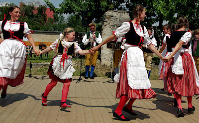 Folklore Dancing in Jindrichuv Hradec, Czech Republic. Flickr:Donald Judge