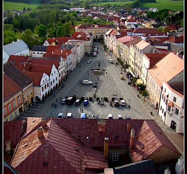 So many great small towns in the Czech Republic. Here Znojmo. Photo via Flickr:Ondrej Pospisil