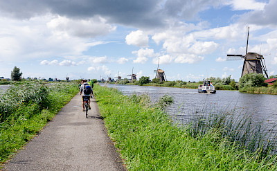 Biking & boating in Kinderdijk, Molenwaard, South Holland, the Netherlands. Flickr:Luca Casartelli