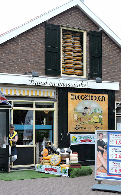 Bread and cheese shop in Schoonhoven, the Netherlands. Flickr:bert knottenbeld