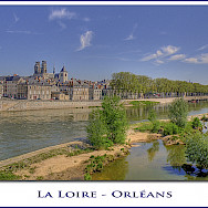 La Loire in Orléans, France. Flickr:@lain G