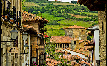 Green hills of Santillana del Mar, Cantabria, Spain. Photo via Flickr:Guillen Perez