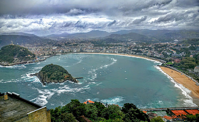 La Bahia de Concha on the Bay of Biscay, San Sebastian, Basque Country, Spain. Photo by Patrick Hickey.