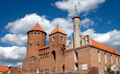 Ordensburg castle and church in Reszel, Poland. Photo courtesy of DNV Tours.
