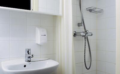 Cabin Bathroom - MS Classic Lady | Bike & Boat Tours