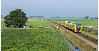 Train crossing in Zwolle, Overijssel, Holland. Photo via Flickr:Patrick van Hattem