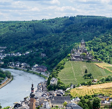 Reichsburg, Mosel River, Cochem, Germany. Photo via Flickr:Frans Berkelaar