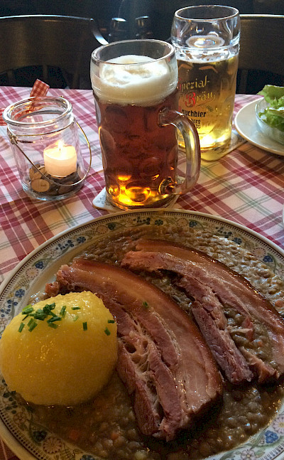 Rauchfleisch mit Linsen in Bamberg, Germany. Flickr:Armin