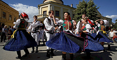 Sremski Karlovci Folkdancing, Serbia along the Danube River bike tour. Photo courtesy of Radundreisen-Eurocycle