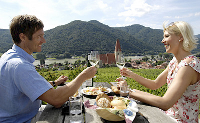 Wine tasting in Weißenkirchen in der Wachau along the Danube River bike tour. ©TO