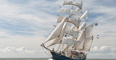 Thalassa, your majestic ship in Northern Ireland! Photo courtesy of Tour Operator