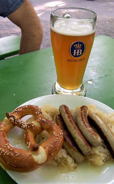 Traditional Deutsche food! Flickr:TeamEister