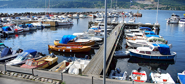 Harbor in Drøbak, Oslofjord, Norway. Photo via Flickr:Frogn kommune