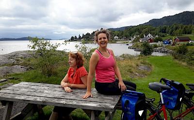 Bike rest on the Oslofjord tour. Photo courtesy of Merlot Reiser