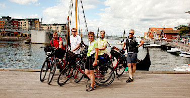 Oslofjord Bike Tour group photo. Photo courtesy of Merlot Reiser