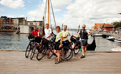 Oslofjord Bike Tour group photo. Photo courtesy of Merlot Reiser