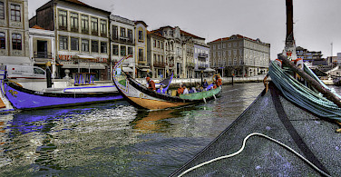 Boats in Aveiro, Portugal. Photo via Flickr:Gabriel Gonzales
