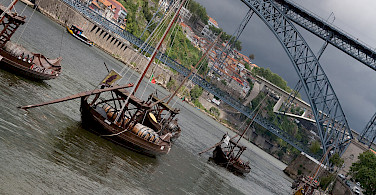 Porto on the Duoro River, Portugal. Wikimedia Commons:zoutedrop