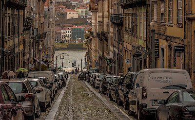 Quiet street in Porto. Portugal. Flickr:PapaPiper