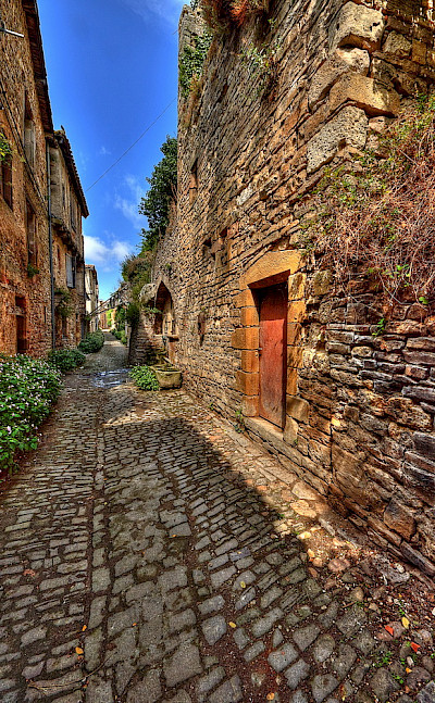 Cordes-sur-Ciel is a fortified town from 1222 in department Tarn, France. Photo via Flickr:Claude Attard