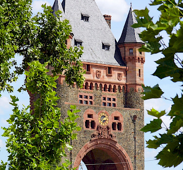 Nibelungen Bridge in Worms, Germany. Photo via Flickr:Dirk Wessner
