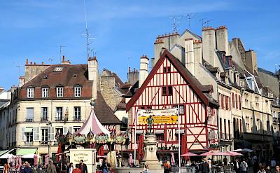Festival in Dijon, France. Flickr:historical couple