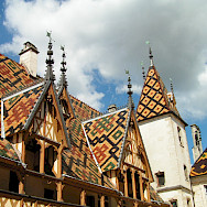 Unique roofs at Hospices de Beaune in Beaune, Burgundy, France. Creative Commons:Olivier Vanpe