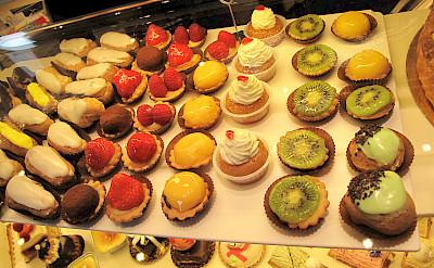 Patisserie in France, oh la la! Flickr:Annie HARADA VIOT