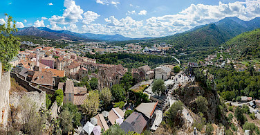 Overlooking Corte in Corsica, France. Photo via Wikimedia Commons:Noxstar8