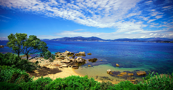 Beach in Porticcio on the island of Corsica, France. Photo via Flickr:ビッグアップジャパン