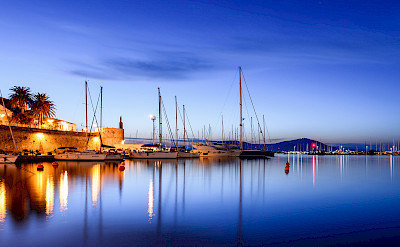 Blue hour in Sardinia, the Mediterranean Sea's 2nd largest island and part of Italy. Photo via Flickr:Alessandro Caproni
