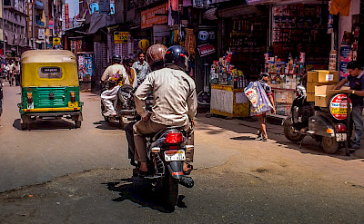 Street traffic in Delhi, India. Photo via Flickr:piviso