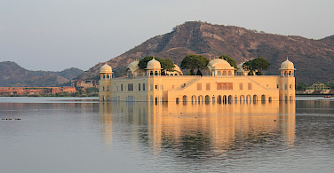 Jal Mahal in Jaipur, Rajasthan, India. Flickr:Arian Zwegers