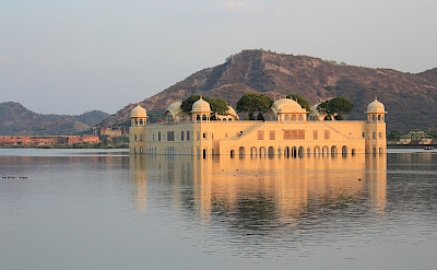 Jal Mahal in Jaipur, Rajasthan, India. Flickr:Arian Zwegers