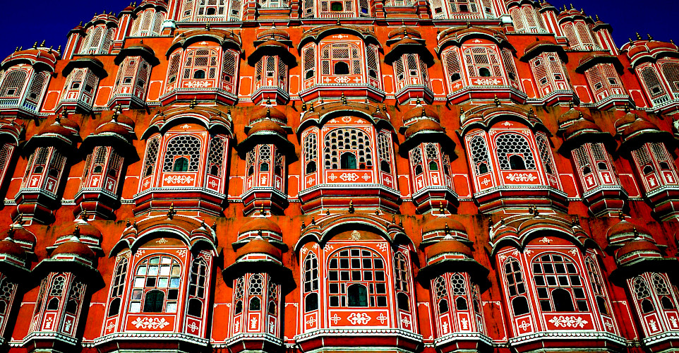 Palace of Winds or Hawa Mahal in Jaipur, Rajasthan, India. Photo via Flickr:Travis Wise