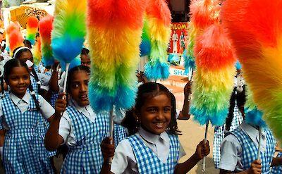 Girls in Fort Kochi, Kerala, India. Flickr:VnGrijl
