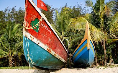 Boats on Marari Beach, Kerala, India. Photo via Flickr:Andy Kaye