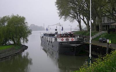 Misty morning on Magnifique III - Bike & Boat Tours