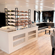 Magnifique Coffee and Wine Bar
