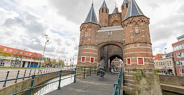 Entrance gate to Haarlem, North Holland, the Netherlands. Photo via Flickr:Marcelo Campi