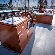 Deck | Leafde fan Fryslân | Bike & Boat Tours