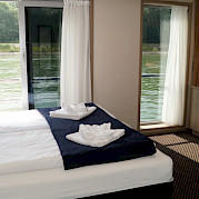 Suite cabin on the Arlene II