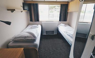Upper Deck Twin Cabin on the Arlene II   Bike & Boat Tours