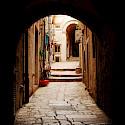 Ubiquitous alleys in Dubrovnik, Croatia. Flickr:Elena