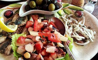 Fisherman's plate on Hvar Island, Dalmatia, Croatia. Flickr:alchen_x