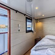 Single Cabin - New Star | Bike & Boat Tours