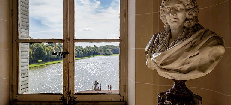 Great art to be found in Wallonia, Belgium. Photo via Wikimedia Commons:Davidh820
